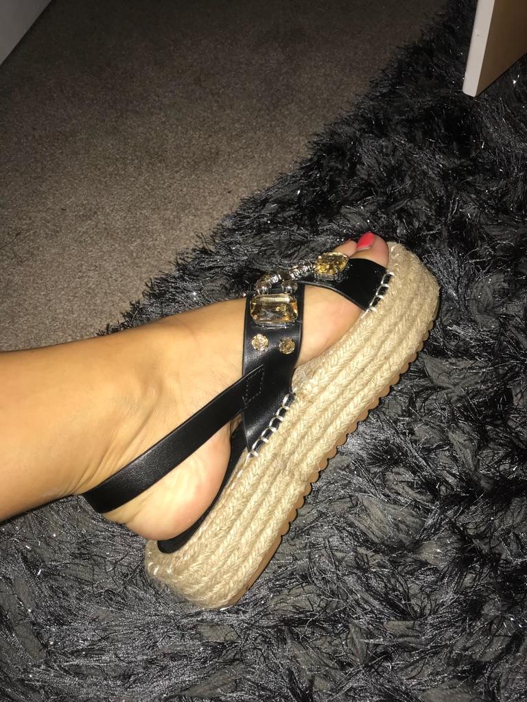 Boutique sandals