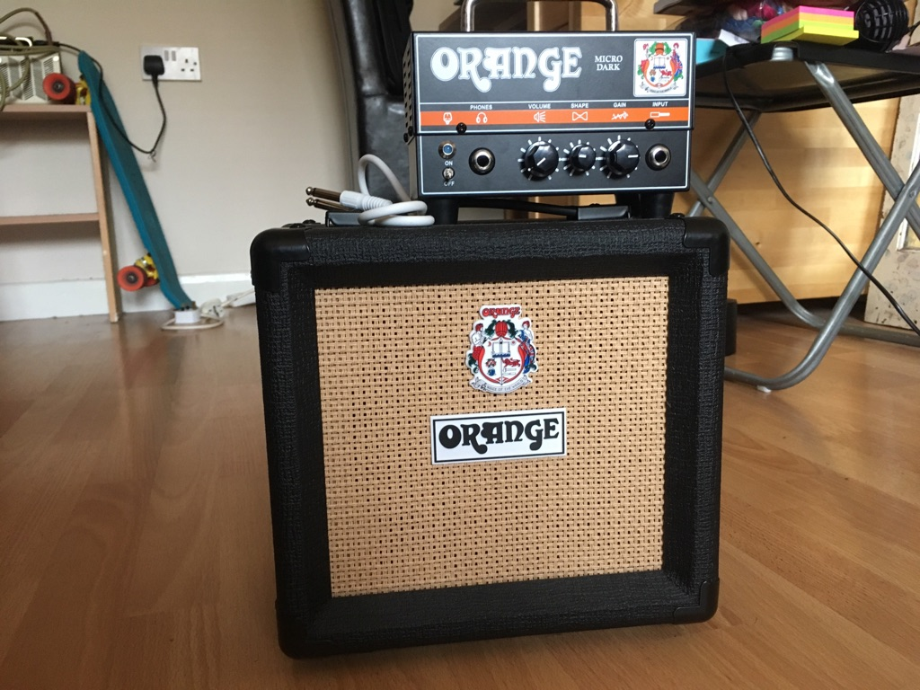 Guitar amplifier Orange micro dark terror