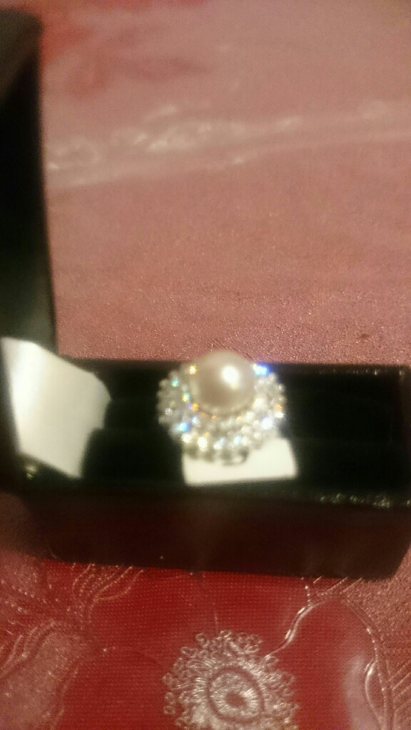 14carat white gold natural pearl and CZ rimg, size N, BNIB w/tag