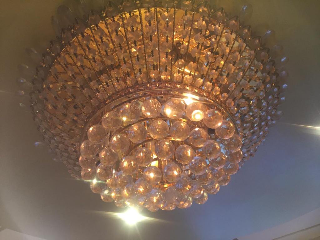 Crystal chandeliers lighting