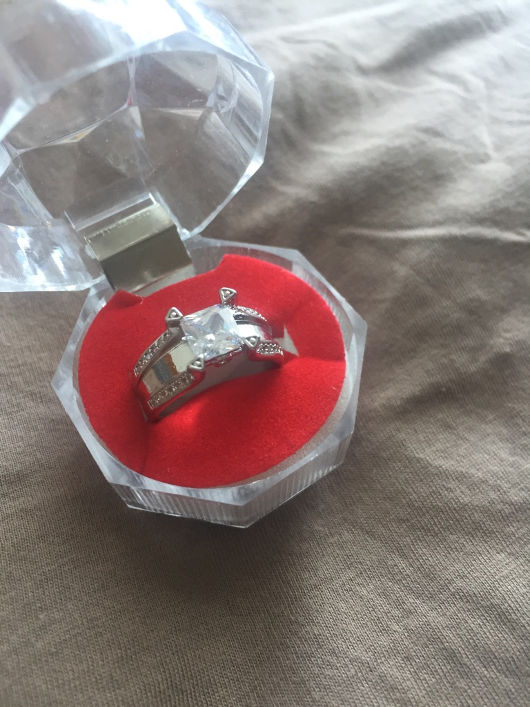 Gemstone ring size M