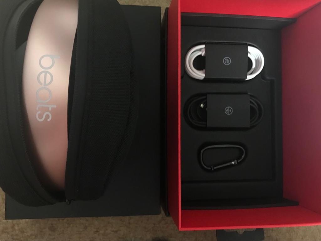 Beats Wireless Solo 3 Headphones