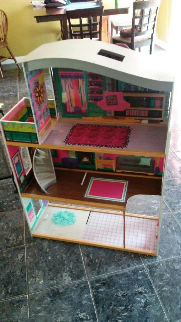 Litter girls play house toys