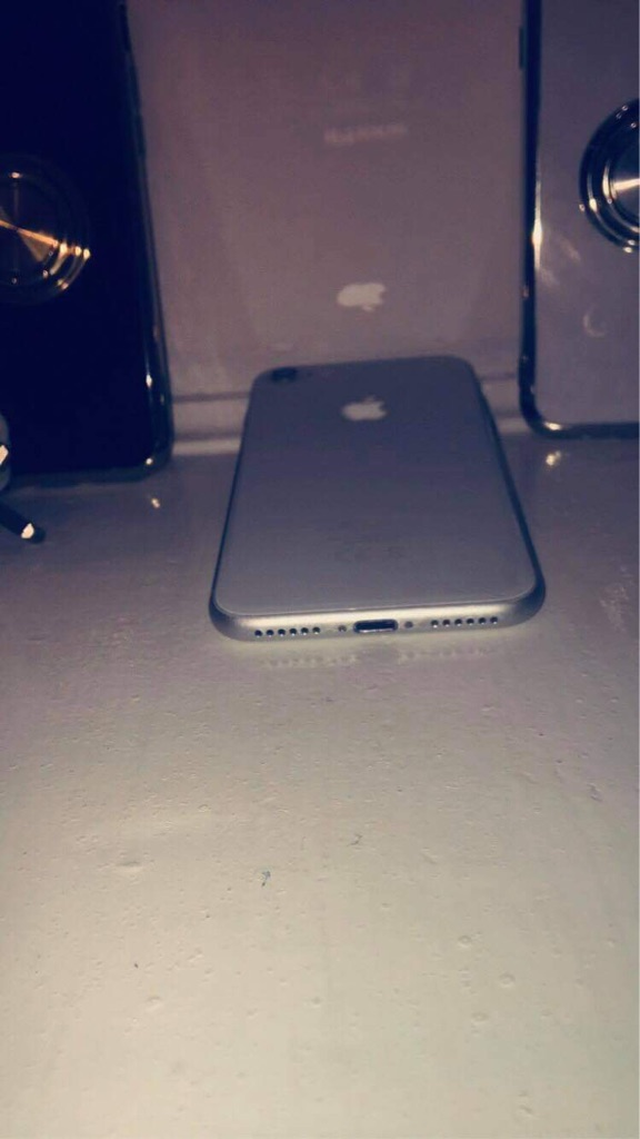 Swapping My iPhone 8 256GB Like New Will Swap For A iPhone 8 Plus Or iPhone 7 Plus Thanks