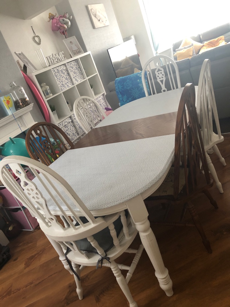 Solid oak dining table need gone ASAP