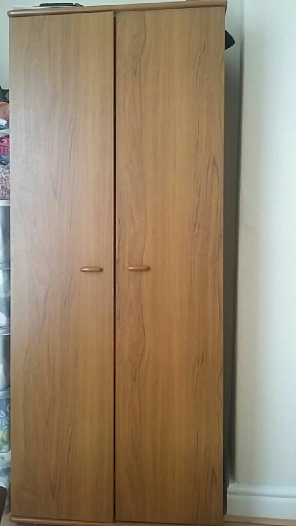 Wardrobe plus chest of drawers to match