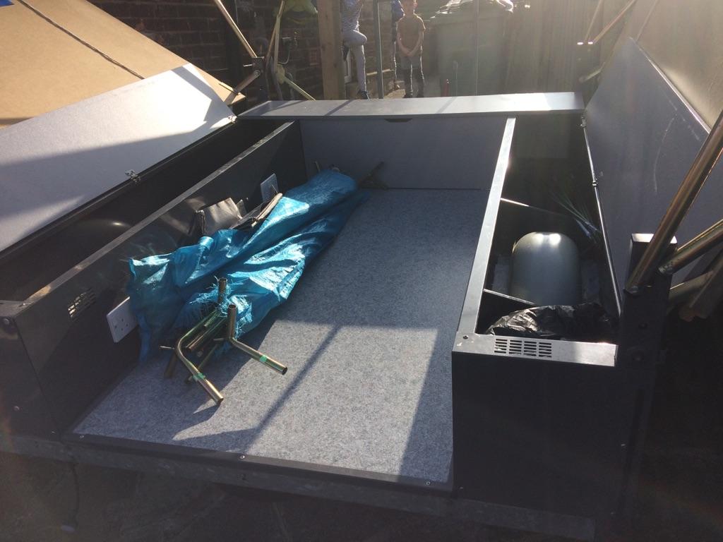 Janet Arizona trailer tent