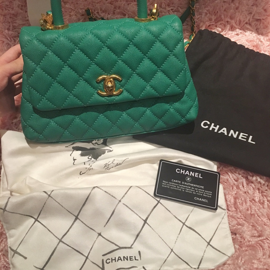 CHANEL Coco Handle green