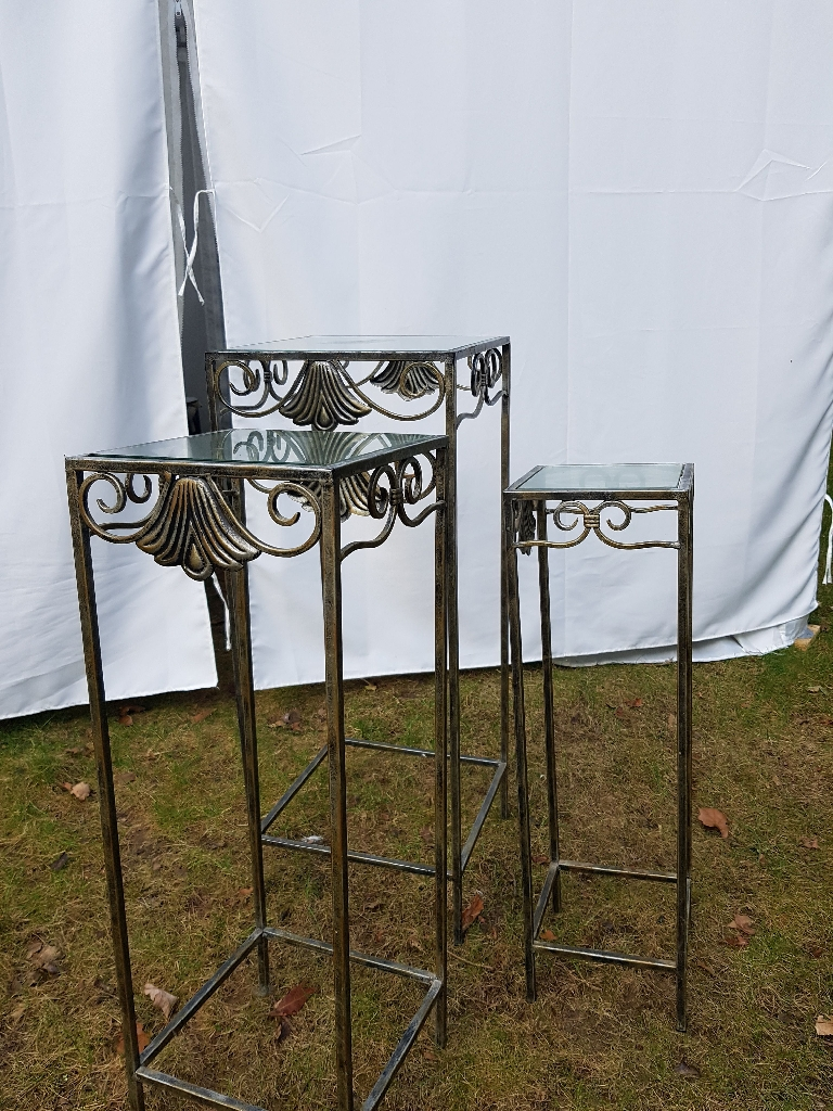 beautiful table / plant pot stands