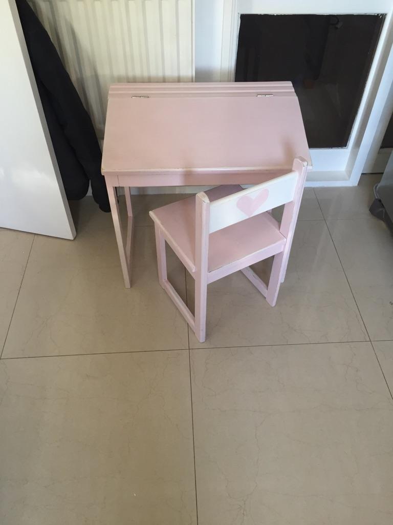 Pink wooden desk kids