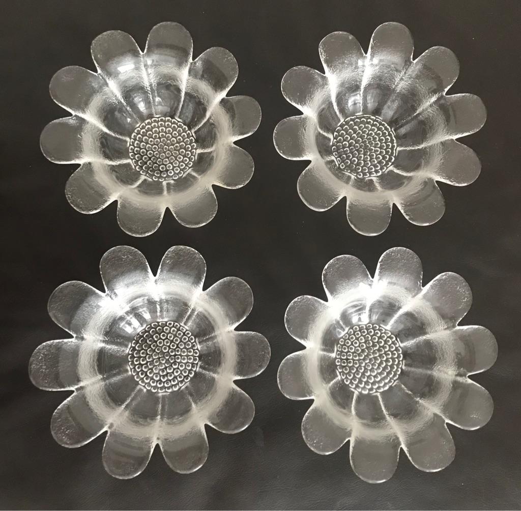Genuine Dartington Crystal dessert bowls/dishes - set of 4.