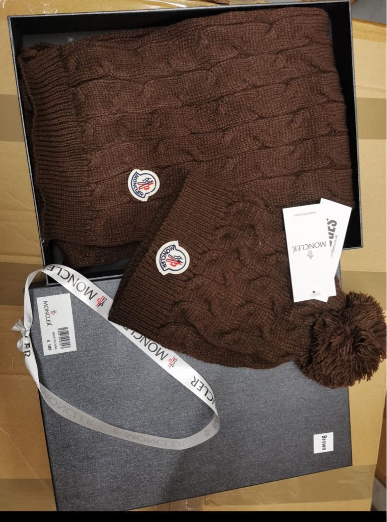 Moncler hat and scarf set with box