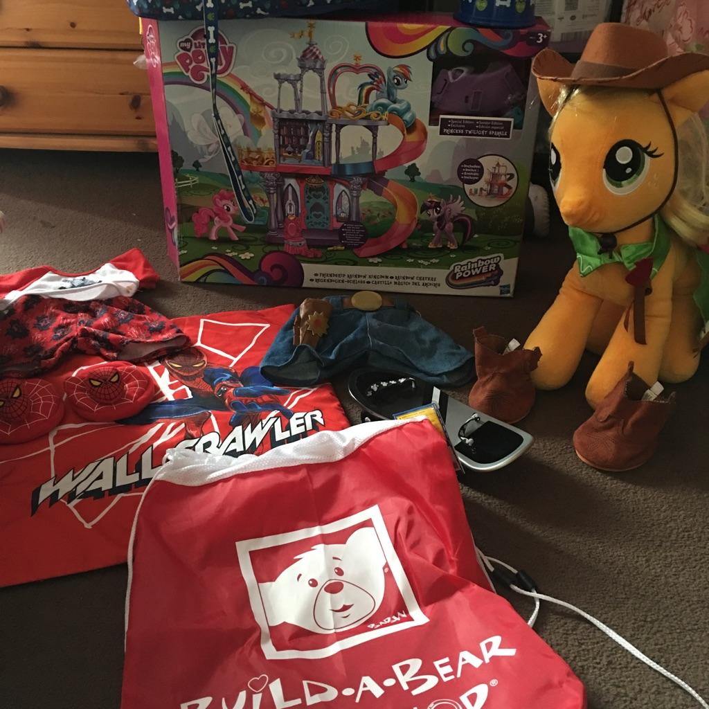 Toys bundle (build a bear & my little pony)