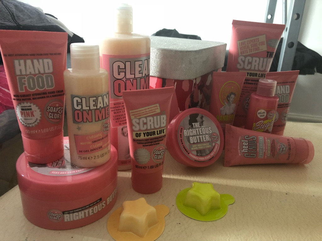 Soap & Glory and a body shop set