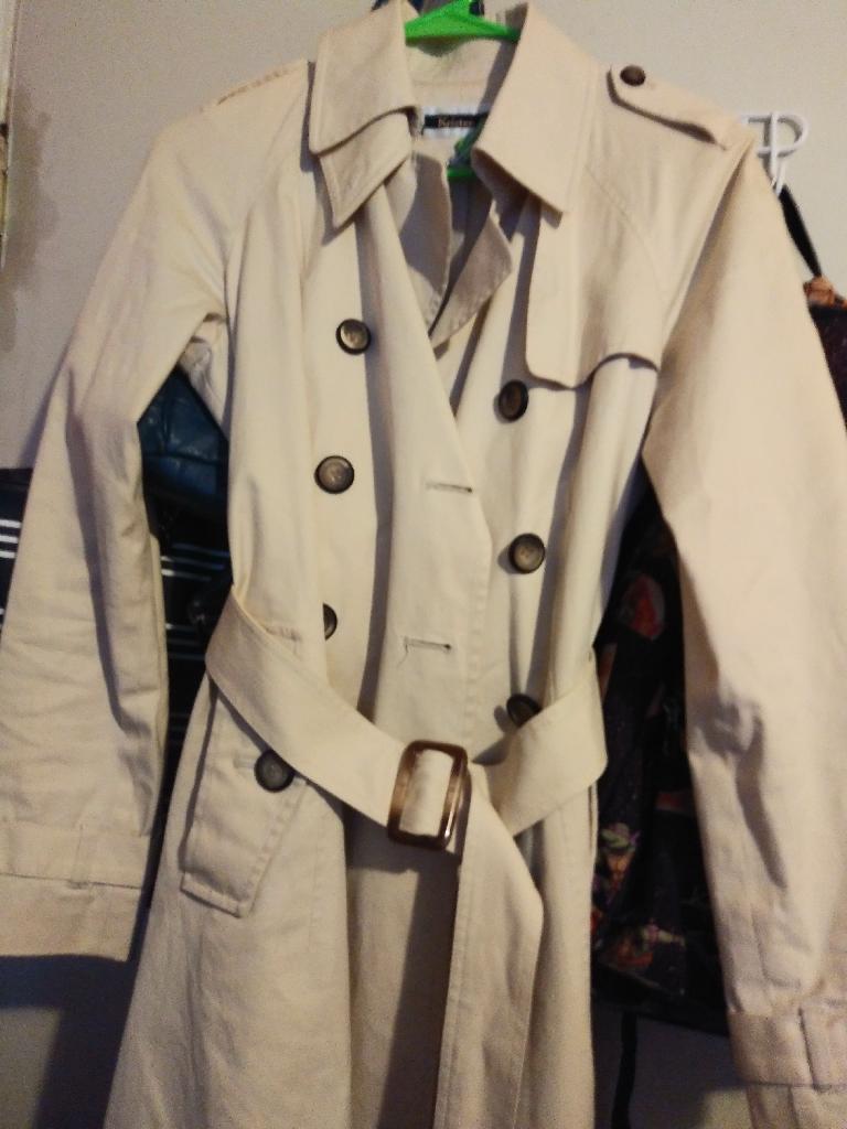 Kristen Blake coat