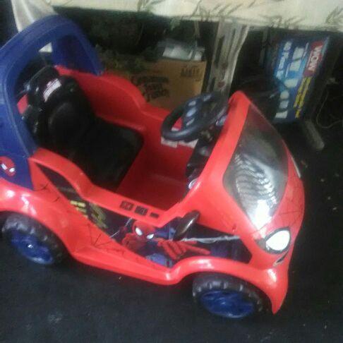 Battery/Car