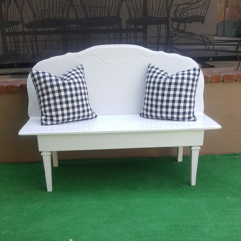 HAND CRAFTED WHITE ADULT SIZE WOODEN BENCH (((FOR SITTING)))