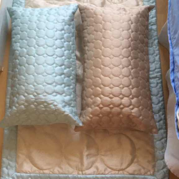 Single duvet cover and 2 pillow cases