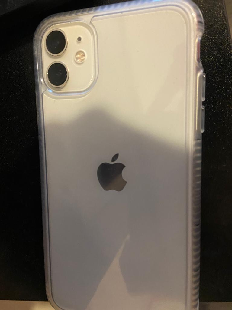 iPhone 11 White O2