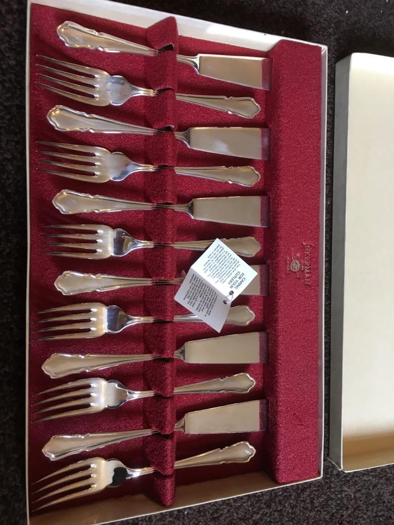 Inker Mann fish knives set