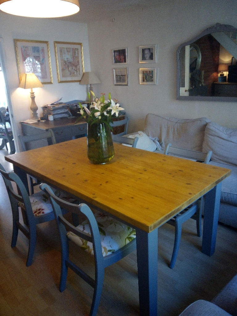 French Farmhouse Style Table & Chairs