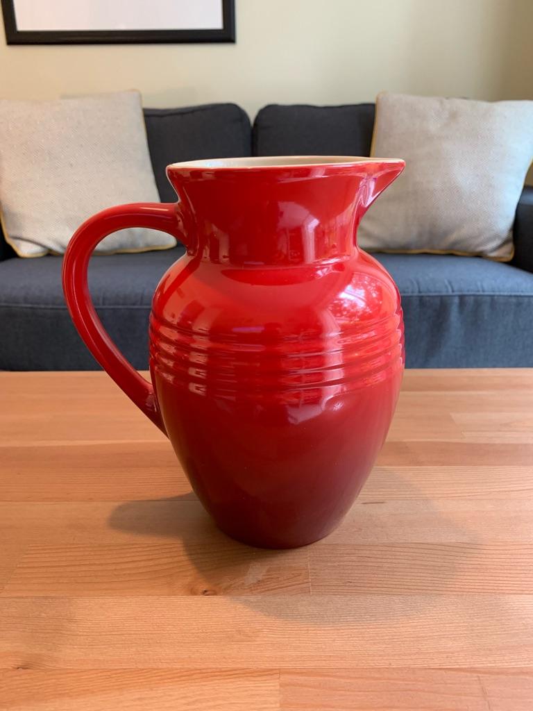Le Creuset 3 Piece Set - Cerise/Flame Red - 2L Pitcher, Utensil Pot and Pie Bird