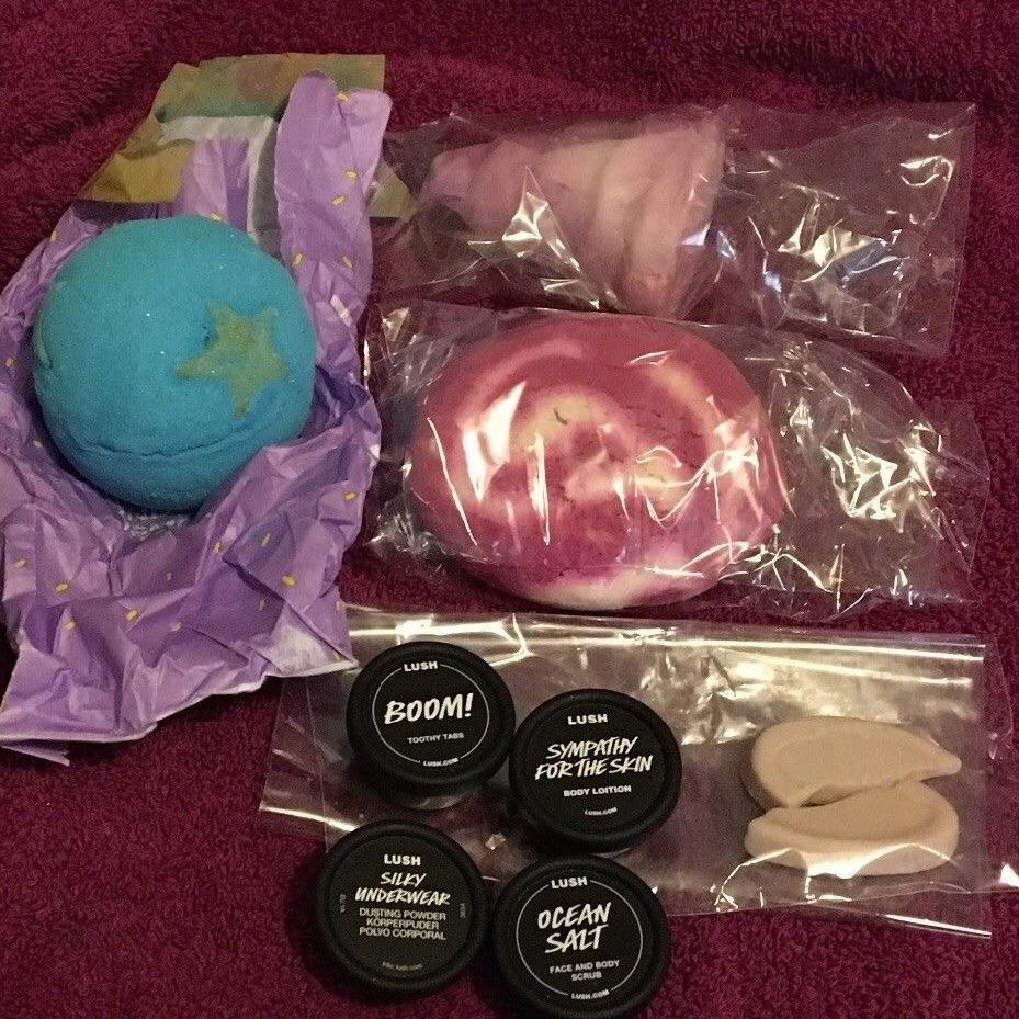Lush cosmetics bundle