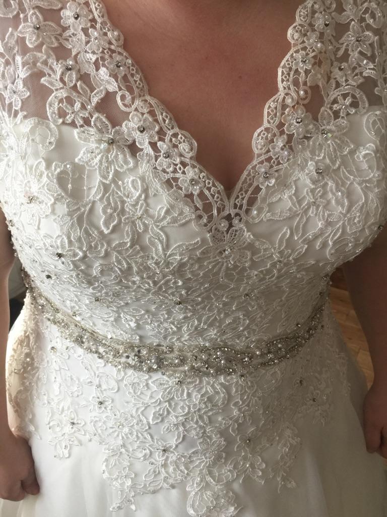 Mori lee plus size wedding dress 22 24 26
