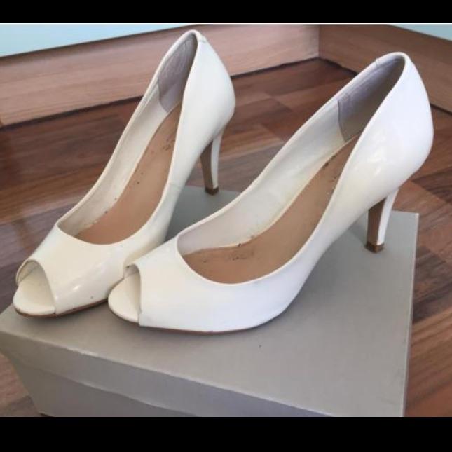 Kurt Geiger heels. Size 5/38