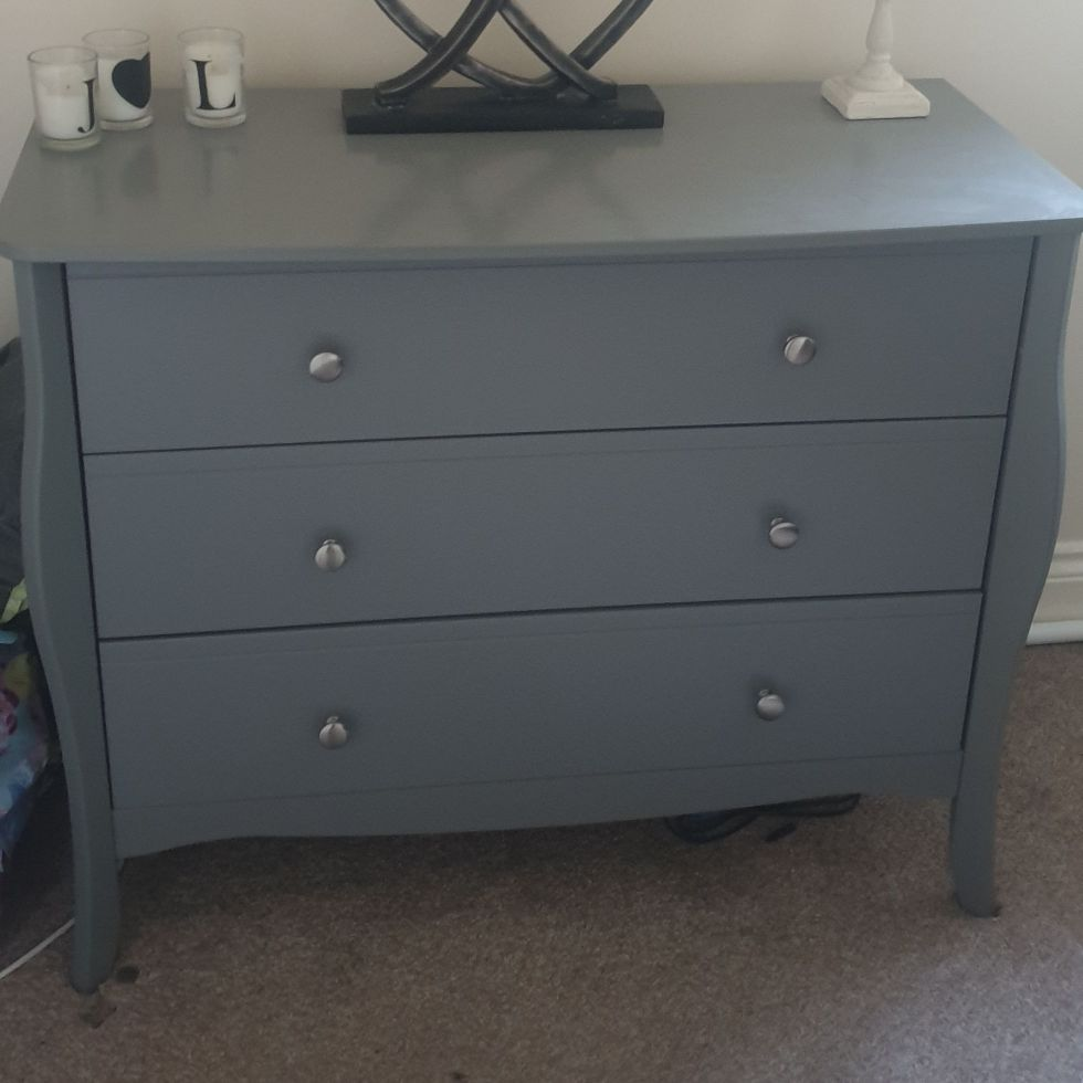 Chest if drawers- Grey
