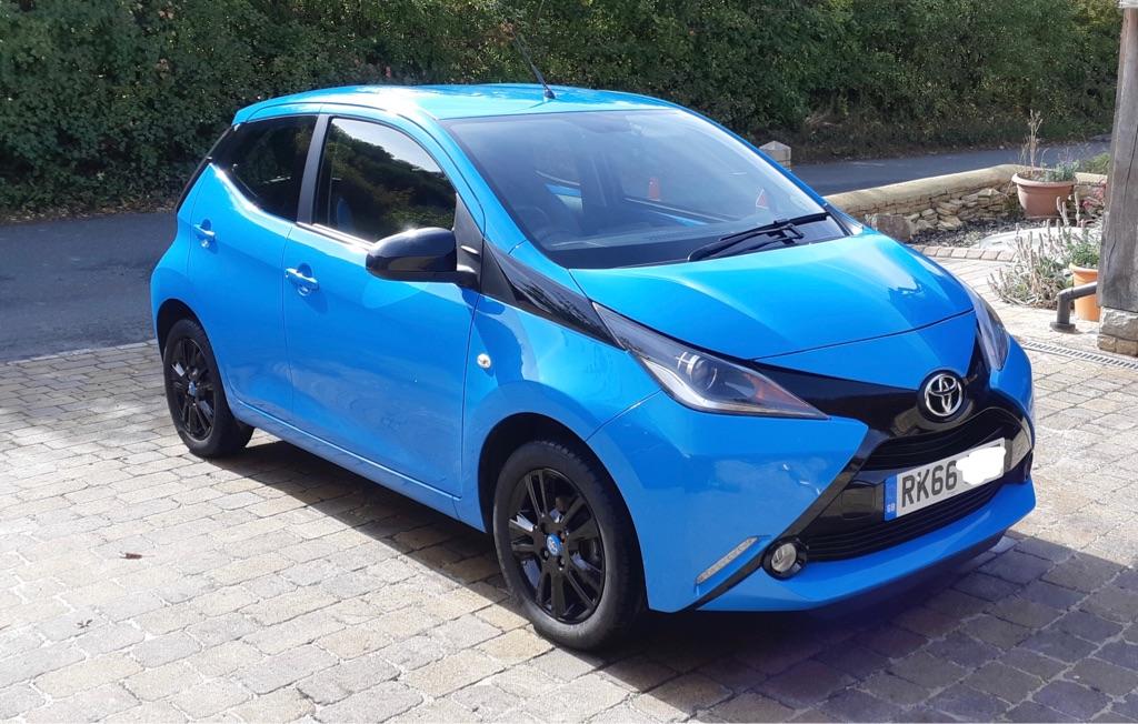 2016 (66plate) Toyota Aygo 1.0 X-cite 2 VVT-i 5dr blue