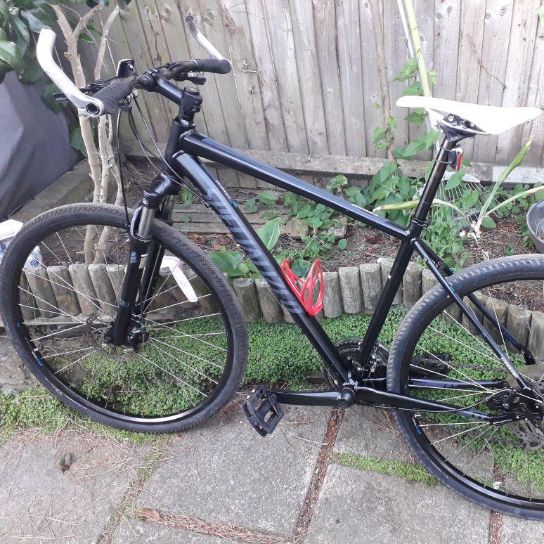 Bike Specialized Crosstrail Size L