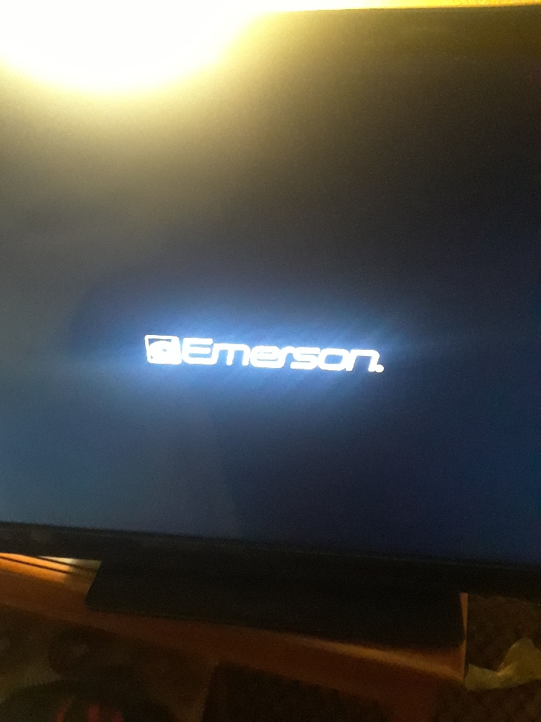 40 inch Emerson flat. LCD hdtv