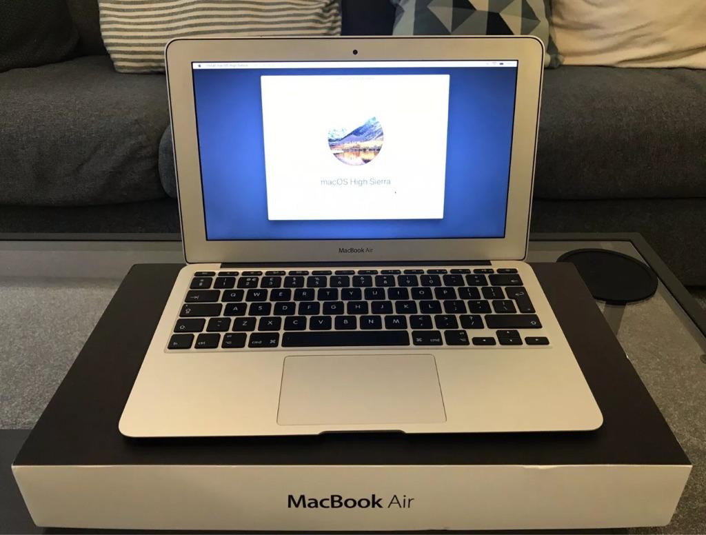Vintage MacBook Air