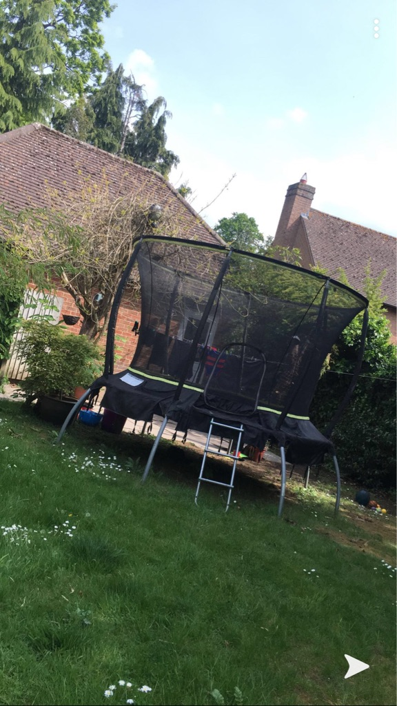 Great trampoline very good condition