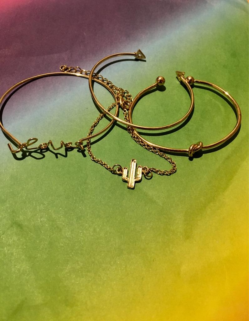 4-1 Bracelet