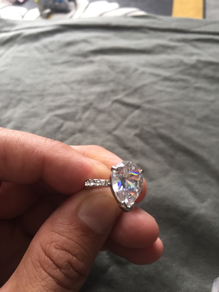 Large pear shaped ring size 6