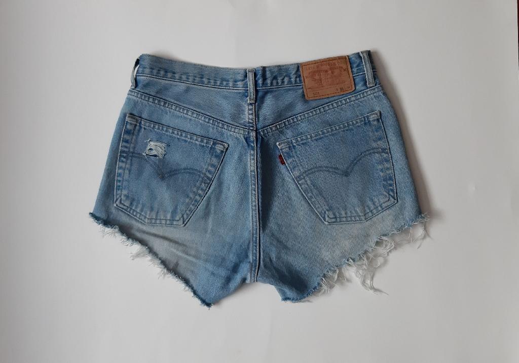 Levi's 501 reworked denim cutoff shorts waist 31