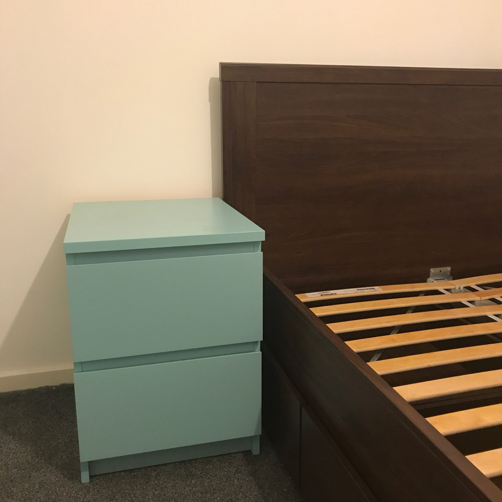 Bedside Table/Chest of Drawers