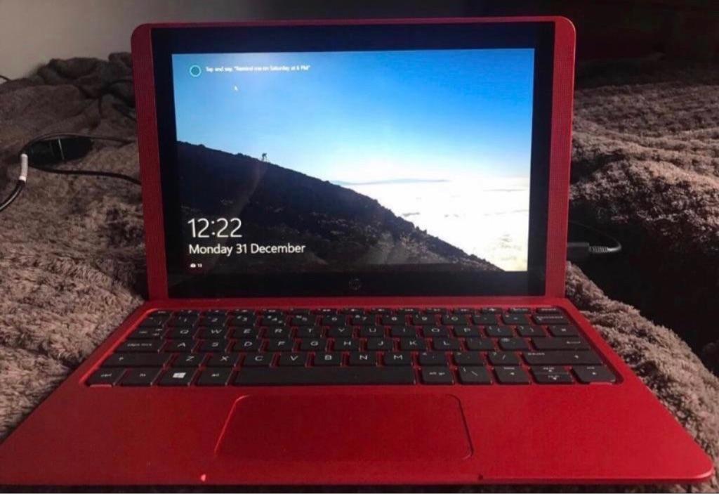 HP 2 In 1 Laptop/Netbook (Boxed) + Speaker System