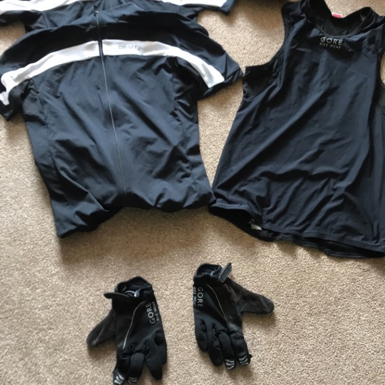 Men's used cycling kit size small