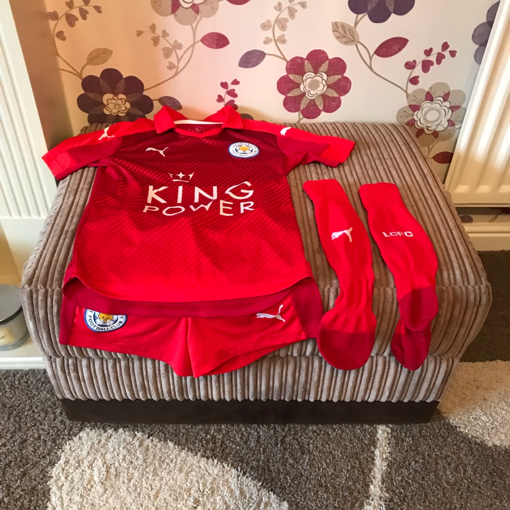 Leicester City kids kit