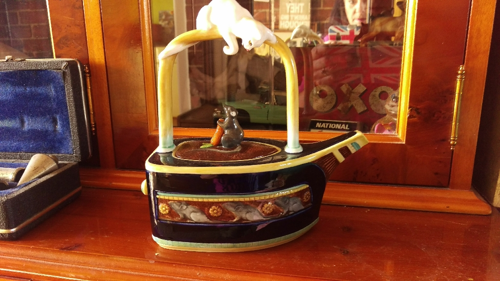 Minton Majolica Cat and Mouse Teapot