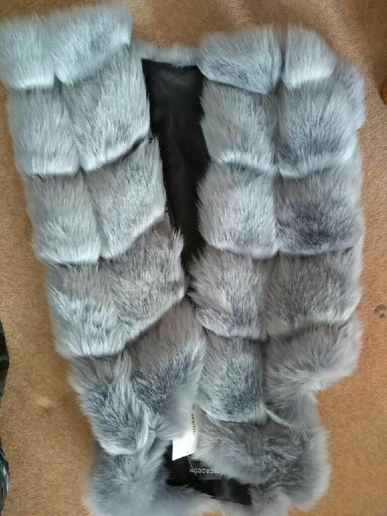 Womens new vedt fsux warm coat size /m