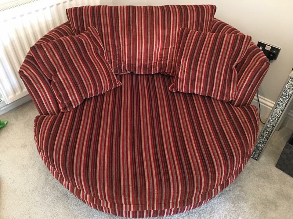 Next love seat/cuddle chair
