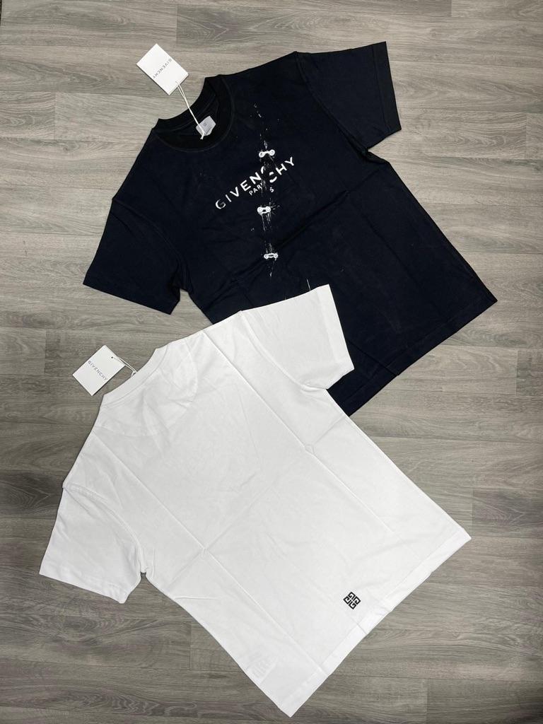 Givency T-shirt