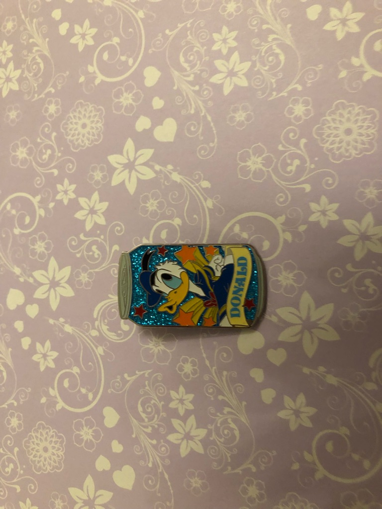 Donald Duck Disney pin