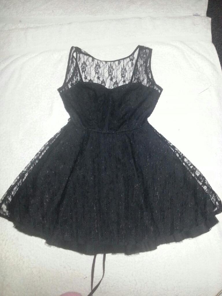 LITTLE BLACK LACE DRESS FOR LADIES SIZE 8/10