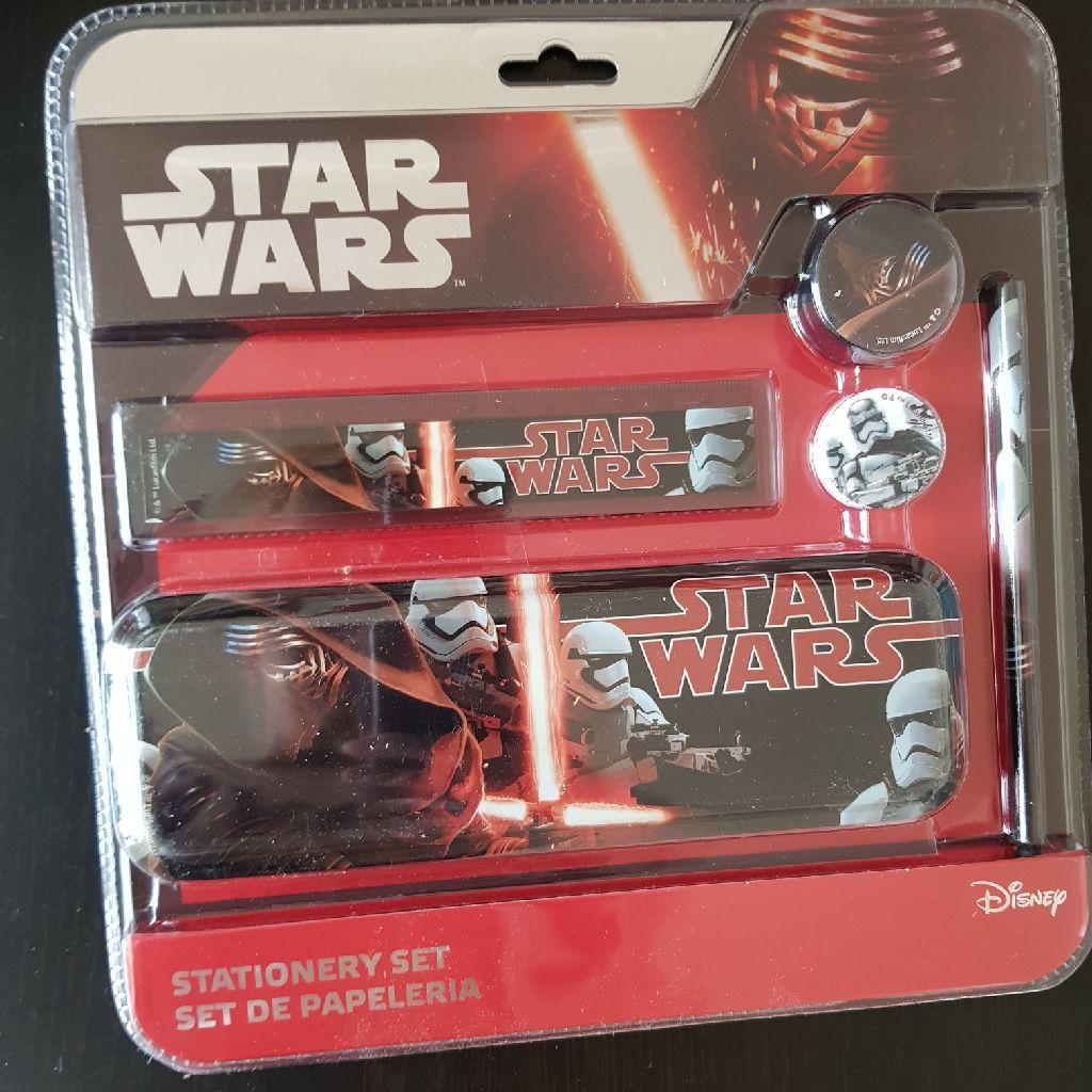 Brand new star wars 5 piece stationary set
