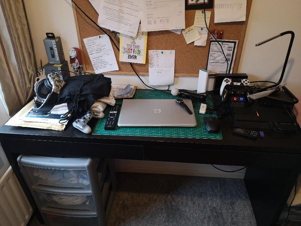 Computer desk and chair set£40 job lot